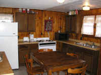 cabin6kitchen.jpg (259789 bytes)