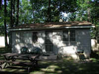 cabin2outside.jpg (77956 bytes)